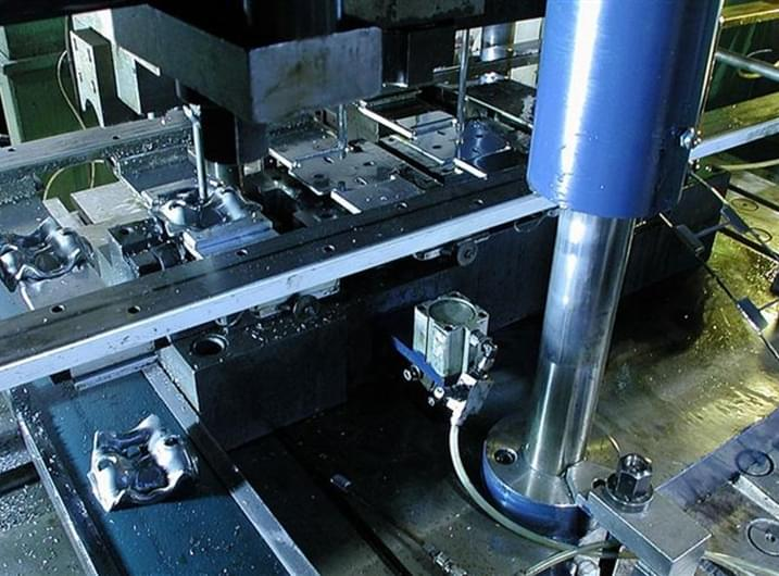 Sheet metal stamping: the importance of prototyping and low volume series